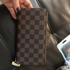 Brown checkered luxury wallet